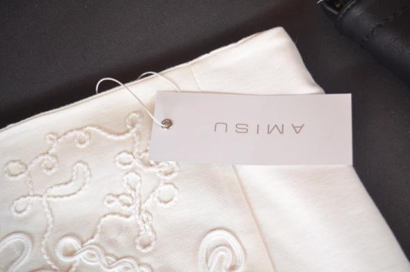 Spódnice AMISU biała zdobiona mini