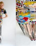 Komiksowa sukienka z frędzlami