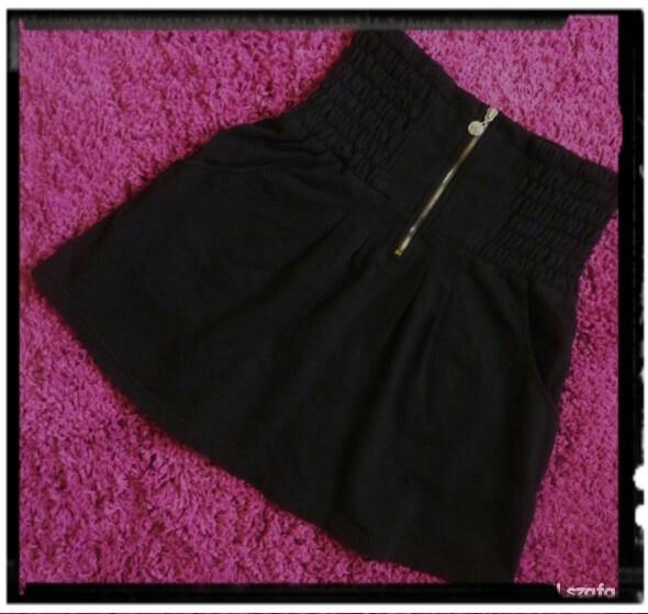 Spódnice Vero moda rozkloszowana zip M