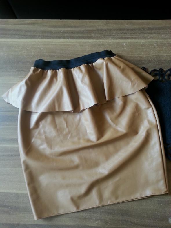 Spódnice spódnica S ala skórka Brąz z baskinką