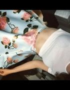 Różana spódnica...