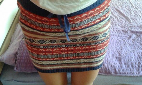 Spódnice ciepła spódniczka