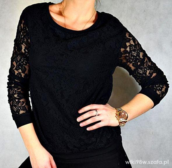 Czarna bluzka koronkowa...