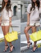 żółta torebka...