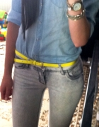 jeans i neon limonka...