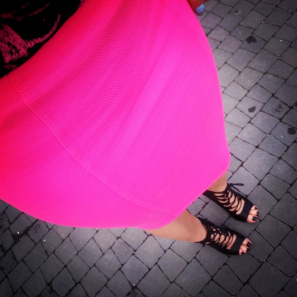 pink&black...
