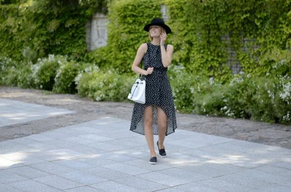 Blogerek Asymetria