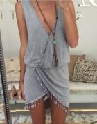 Sukienka asymetryczna z frędzelkami m hit