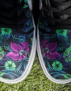 NIKE TOKI LOW SMOKY LOTUS FLOWERS