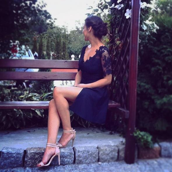 Wieczorowe granatowa sukienka DIY
