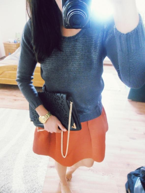 Mój styl metaliczny sweterek