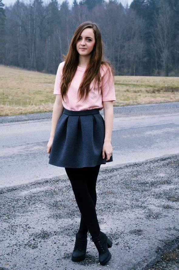 Blogerek Jesienna dziewczęca stylizacja