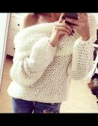 PInie poszukuję sweterek dziergany...