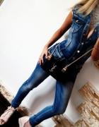 Jeansowy kombinezon...
