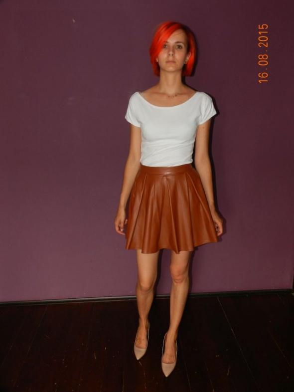 Spódnice spódniczka rozkloszowana