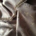 Chusta Louis Vuitton beżowy z srebrną nitką