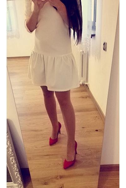 Eleganckie oh la la & red heels