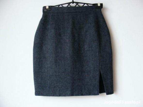 Spódnice Grafitowa krótka spódniczka w drobną krateczkę R36
