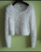 Sweterek oversize wlochacz
