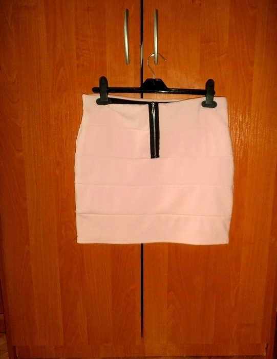 Spódnice bandażowa z zipem