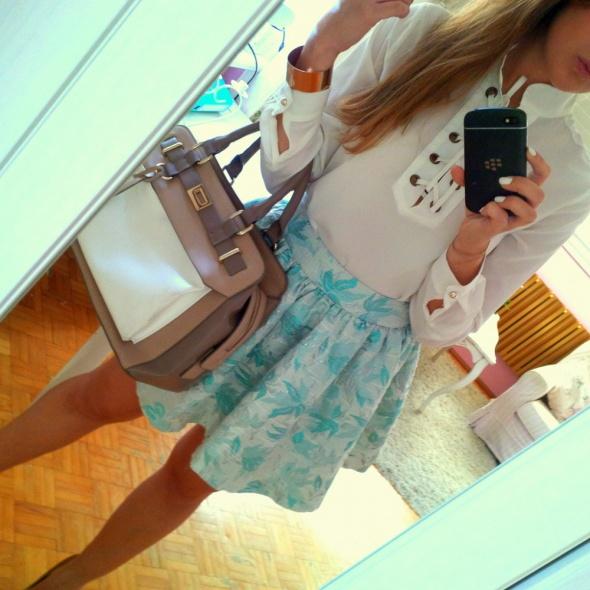 Mój styl Rozkloszowana spódnica