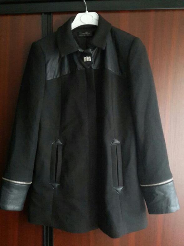 Zara czarny płaszcz wstawki eco skóra zamki