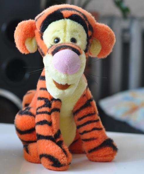 Zabawki Tygrysek Disney kubus puchatek tygrys