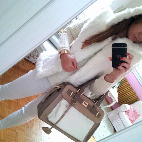 Mój styl biały futrzak