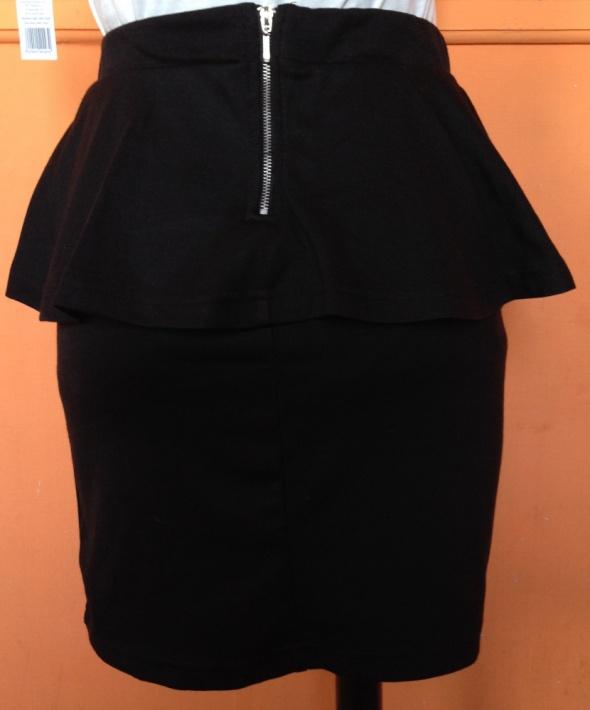 Spódnice spodniczka z baskinka zamek zip