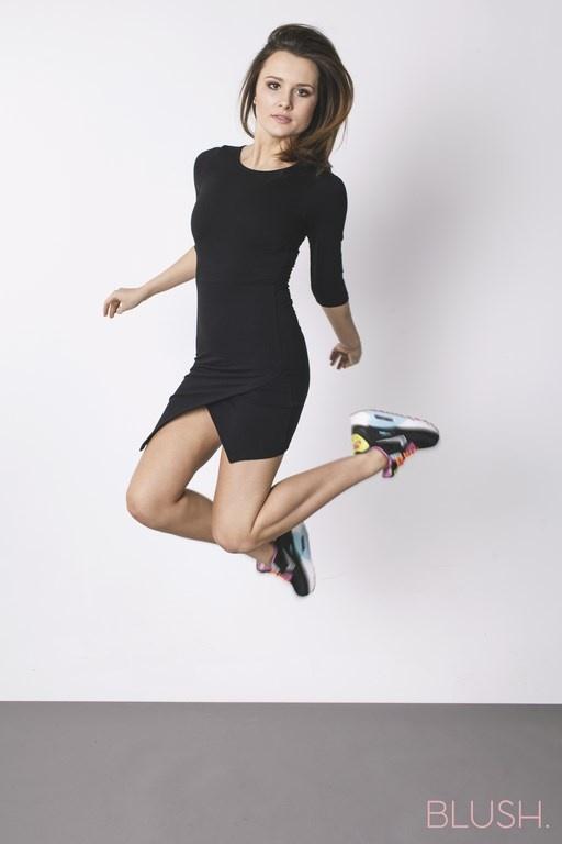 Codzienne asymetryczna sukienka mini dresowa sportowa