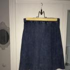 Spódniczka jak jeansowa rozkloszowana NEW LOOK XS