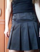 Spódnica czarna plisowana 36