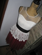 Bordowa Tiulowa Rozkloszowana Sukienka