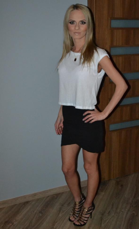 Spódnice wysoki stan spodnica mini bluzka biala szeroka