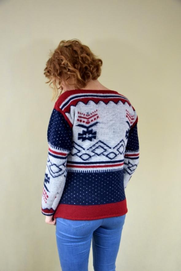 Na specjalne okazje Zimowy wzorzysty sweter
