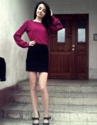 Burgundowy sweterek