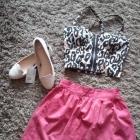 Stradivarius różowa neonowa spódnica rozkloszowana