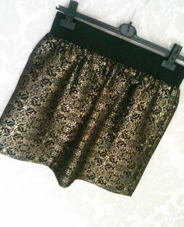 Spódnice Spódniczka żakardowa