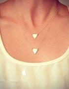 Złoty naszyjnik trójkąty