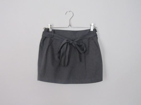 Spódnice tulipanowa spódnica z kokardą