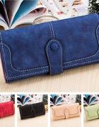 Niebieski portfel