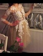 koronkowa sukienka biała nude tiul