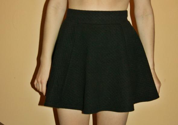 Spódnice Spódniczka HM rozmiar 36