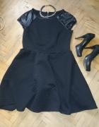 Śliczna czarna pikowana sukienka 44 46