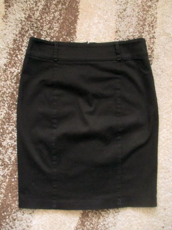 Czarna ołówkowa spódnica biurowa biznesowa 38