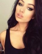 boska dziewczyna i ładny makijaż...