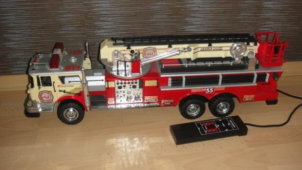Zabawki Wóz strażacki USA sterowany model