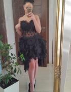 cudna sukienka czarna koronka