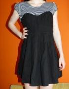 Galowa sukienka od New Look