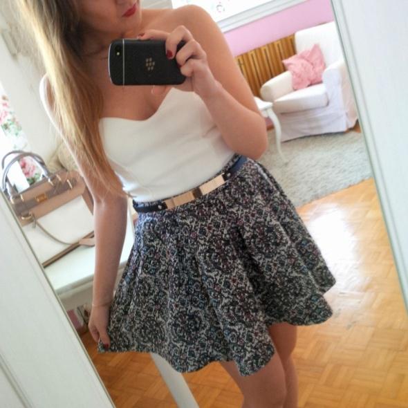 Mój styl spódniczka i gorset